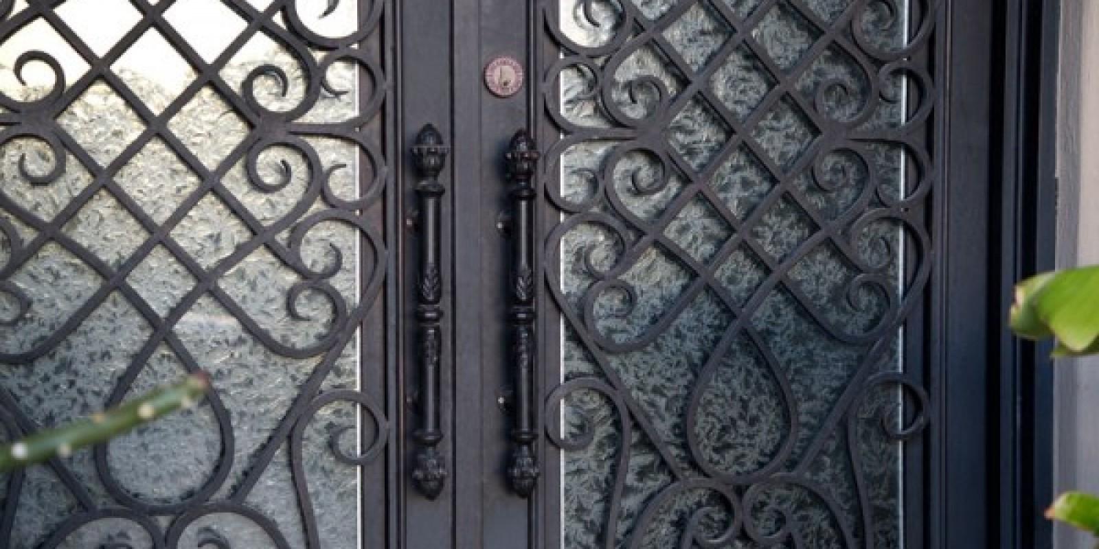ковані двері